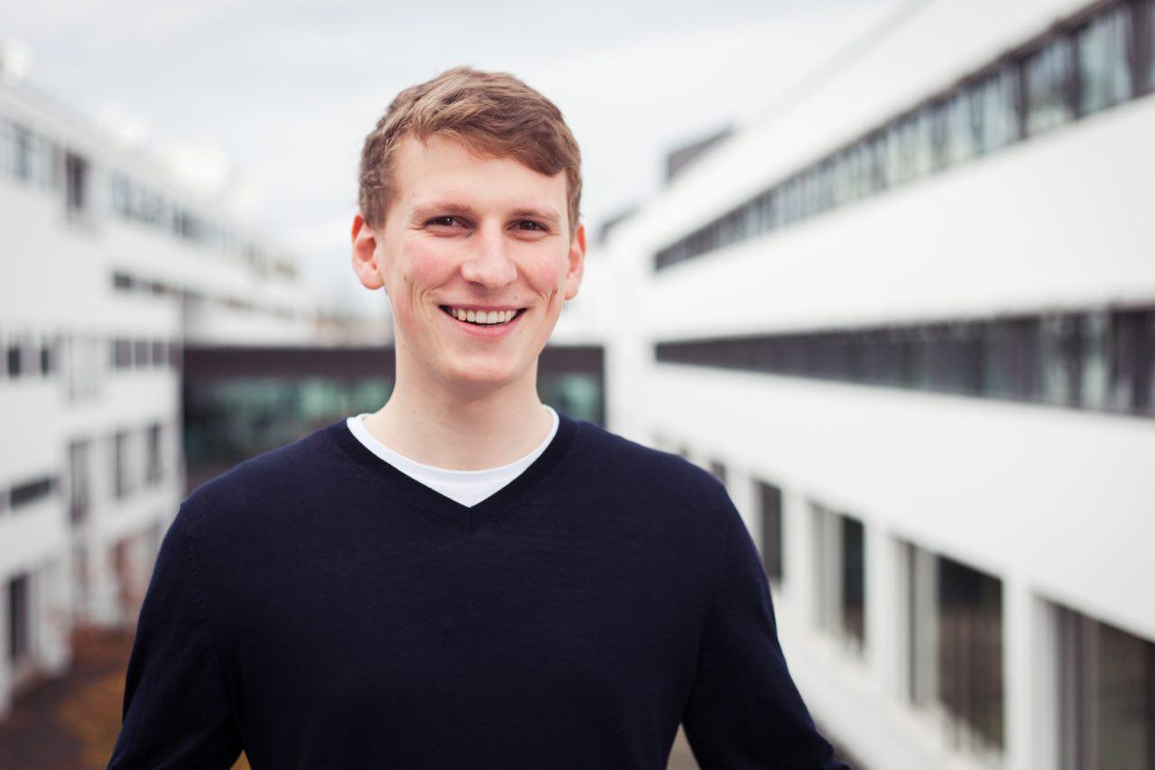 Jonas Kunze ist Vorstand des Fördervereins Jugendmedien.